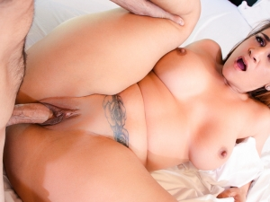 Shameless MILF Raquel Seduces Stepson!