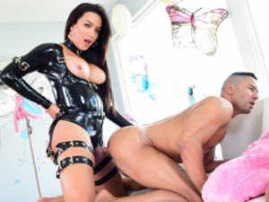 Buxom T-Girl Anally Dominates Stud